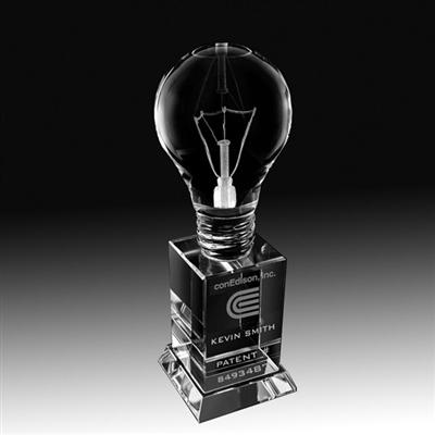 MA0518 - PREMIUM CRYSTAL LIGHTBULB TROPHY
