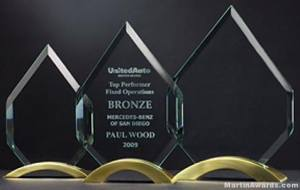 Diamond Series with Gold Metal Base Glass Award