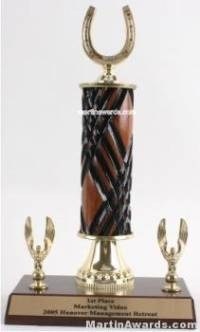 Wood Single Column Horseshoe With 2 Eagles Trophy